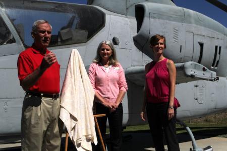 2013 Marine Wife Award Sasha Lightfoot Flying Leatherneck Historical Foundation