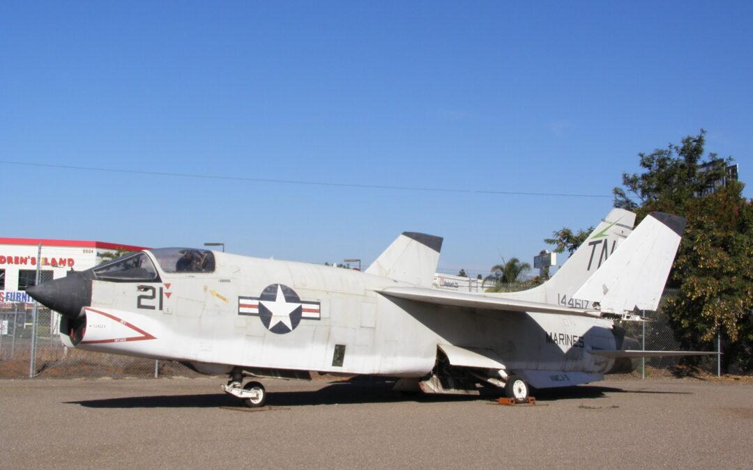 VOUGHT F8U-1P (RF-8A,G) CRUSADER